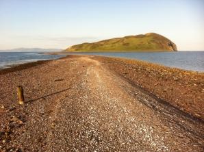 The tidal causeway to Davaar Island