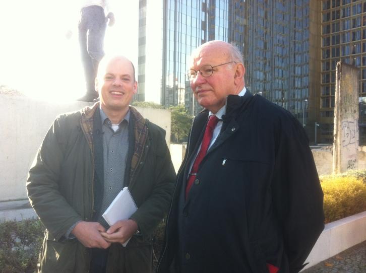Walter Momper was mayor of West Berlin in 1989