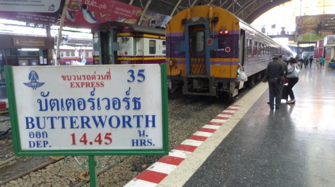 Bangkok to Singapore by train: An epic journey – Time to observe
