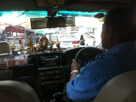 Taxi to Hua Lamphong Station, Bangkok